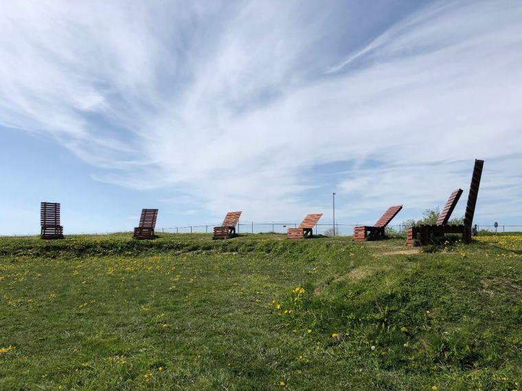 Sunchairs by Helga Guðrún Helgadóttir, 1998.