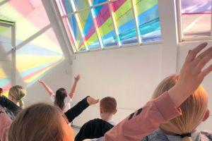 Let's Play Art: Light and colour – family program