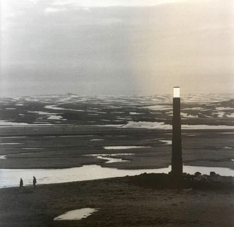 Claudio Parmiggiani, 1943, Íslandsvitinn, 2000, við Sandskeið.