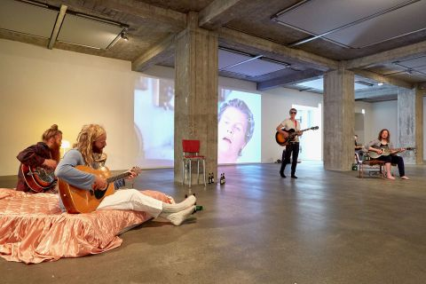 Ragnar Kjartansson: Take Me Here by the Dishwasher - Memorial for a Marriage.
