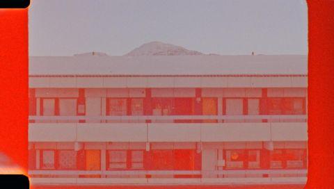 Tinne Zenner: Nutsigassat / Translations (still), HD transfer of 16mm film, color, sound, 20 min., 2018